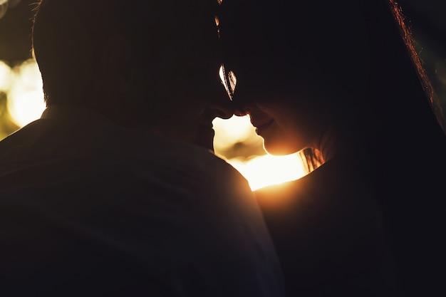 Couple de silhouette