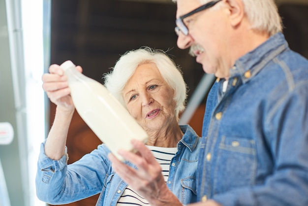 Couples aînés, choisir, lait