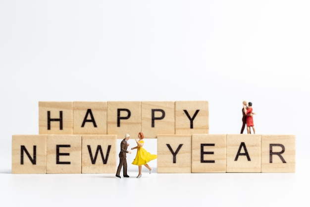 Couples, danse, bonne année, lettrage, bloc bois