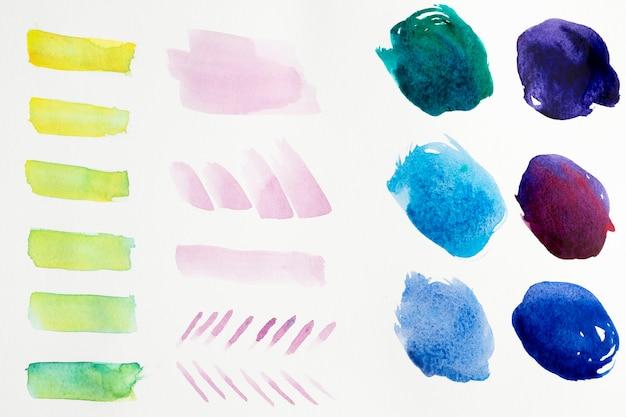 Coups de pinceau aquarelle coloré