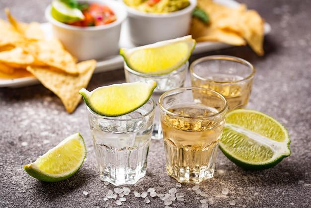 Coups de tequila argent et or