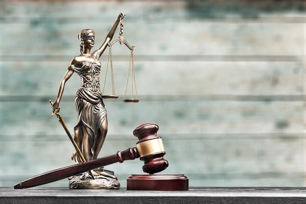 Cour de juge de constitution de concept de salle d'audience de justice de loi