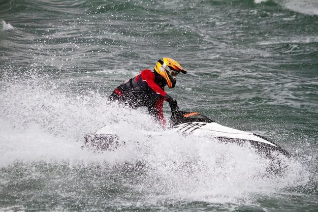 Course de bateau à moteur