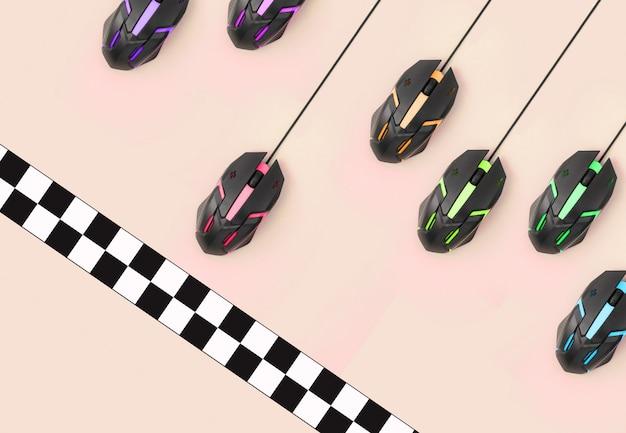 La course sportive entre les souris d'ordinateur franchit la ligne d'arrivée