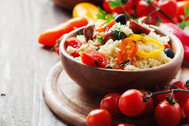 Couscous aux légumes et olive
