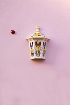 Couvercle en céramique de lampadaire