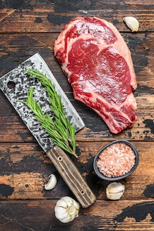 Cowboy cru ou steak de faux-filet