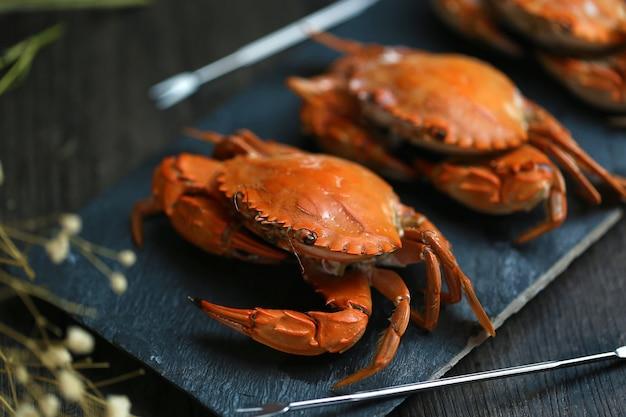 Crabes cuits à la vapeur