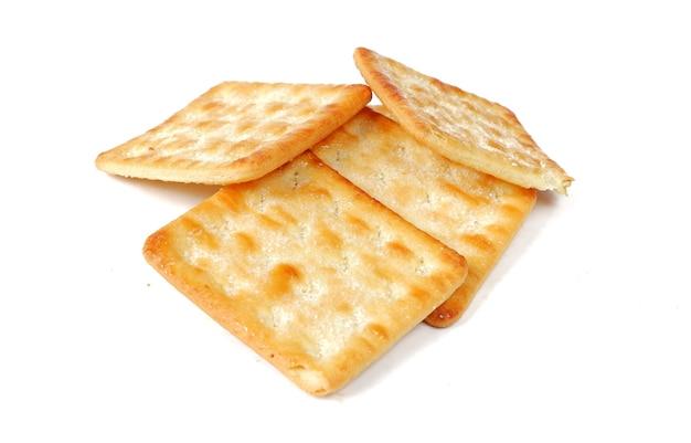 Cracker croustillant avec du sucre isolé sur fond blanc