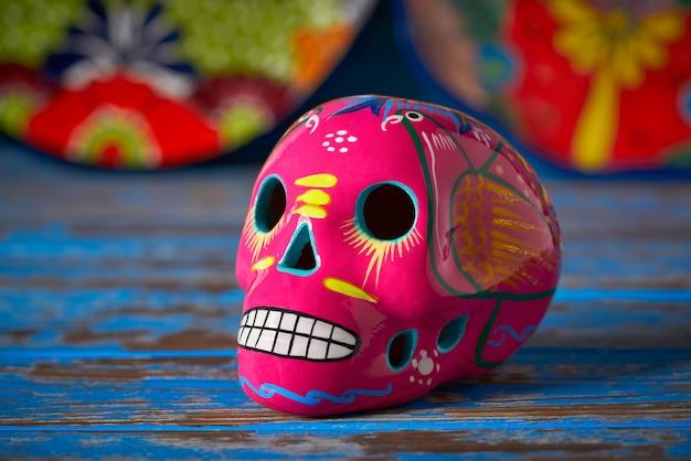 Crâne rose mexicain dia muertos artisanat