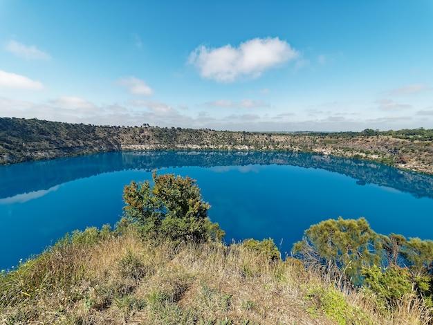 Cratère du volcan blue lake.