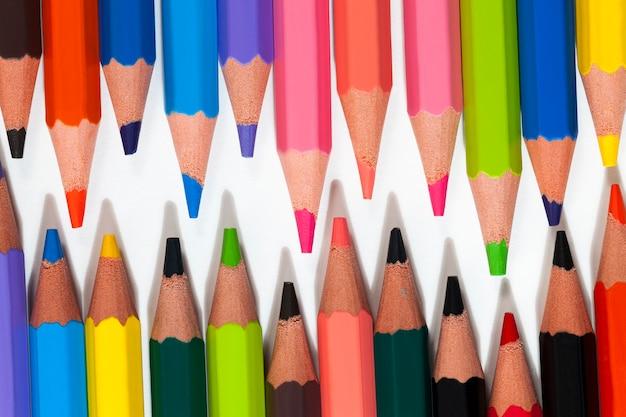 Crayon en bois de couleur