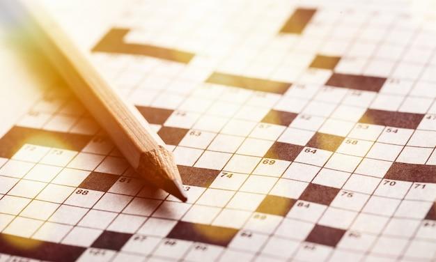 Crayon puzzle mot jeu de mots croisés numéros de loisirs