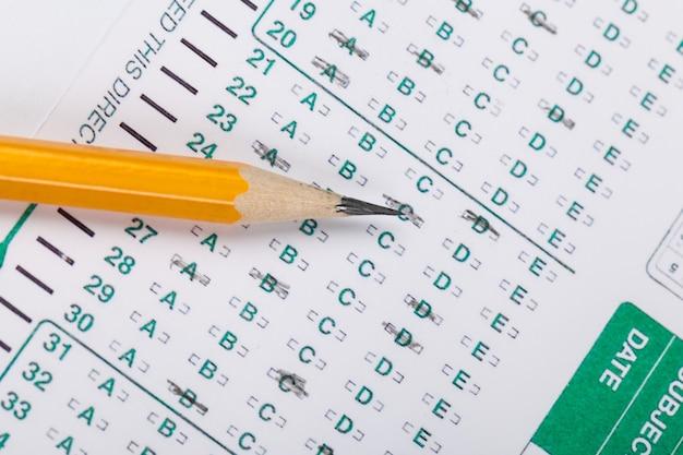 Crayon sur un score de test