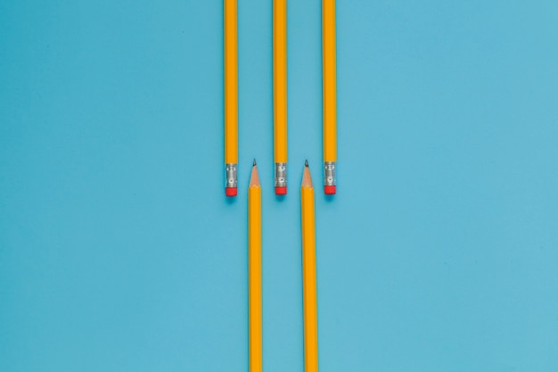 Crayons commandés en bleu