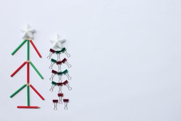 Crayons de noël, concept de clip. vue de dessus et avoir un espace de copie.
