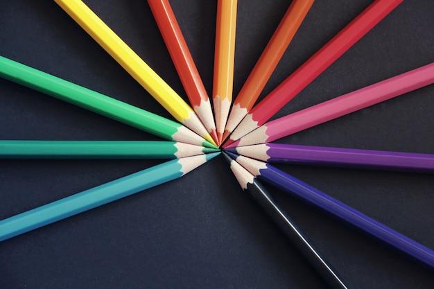 Crayons toniques