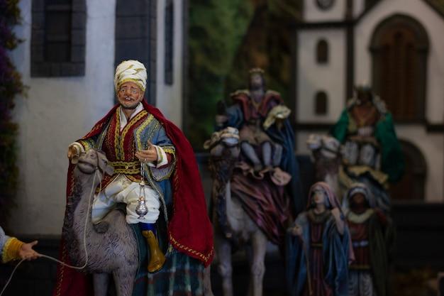 Crèche de trois rois mages sur des chameaux noël ensemble de figurines des trois rois