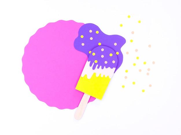 Crème glacée en papier