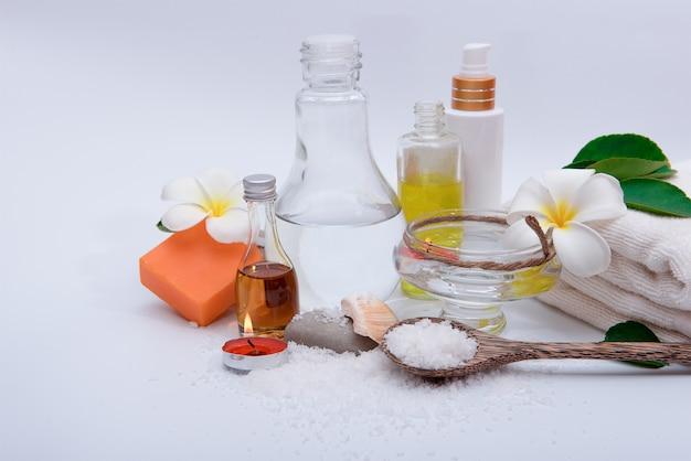 Crème de spa et matériel de spa