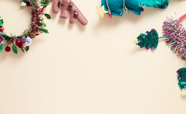 Créoles pour les fêtes de fin d'année cristmas avec espace copie