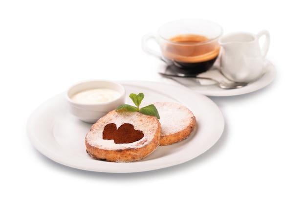 Crêpes au fromage et café