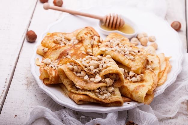 Crêpes aux noix et au miel