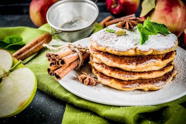 Crêpes aux pommes sucrées et épicées