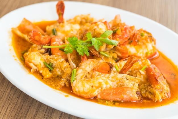Crevettes et crevettes frites à l'ail