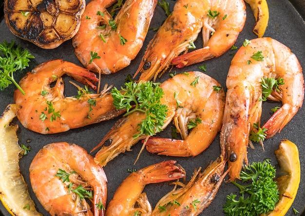 Crevettes frites à l'ail