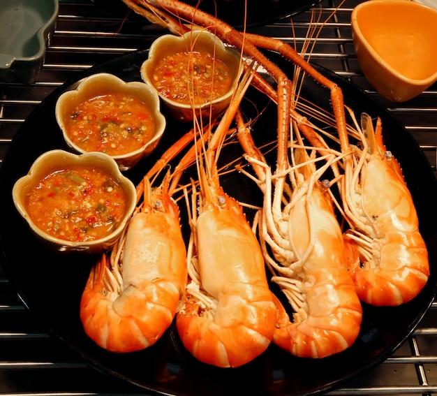 Crevettes grillées à la sauce épicée