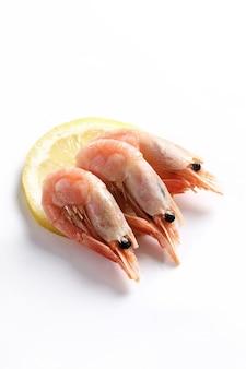 Crevettes, isolé, blanc