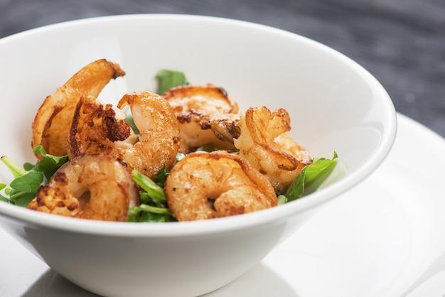 Crevettes savoureuses frites
