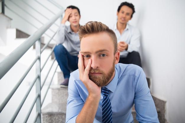Crise exécutif recherche d'entreprise des employés