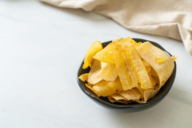 Croustilles de banane croustillantes - banane tranchée frite ou cuite au four