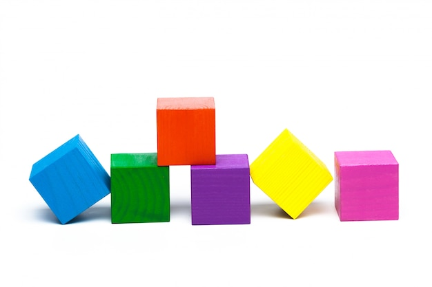 Cubes enfants colorés
