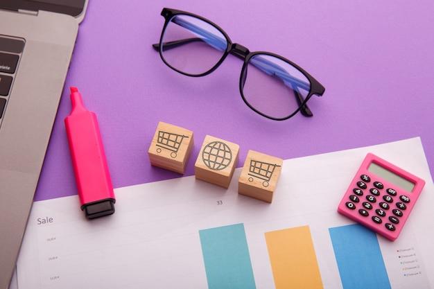 Cubes avec symbole de panier