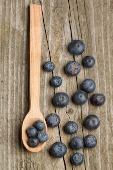 Cuillère aux bleuets frais