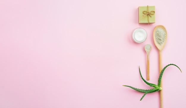 Cuillère de spa et espace de copie de savon