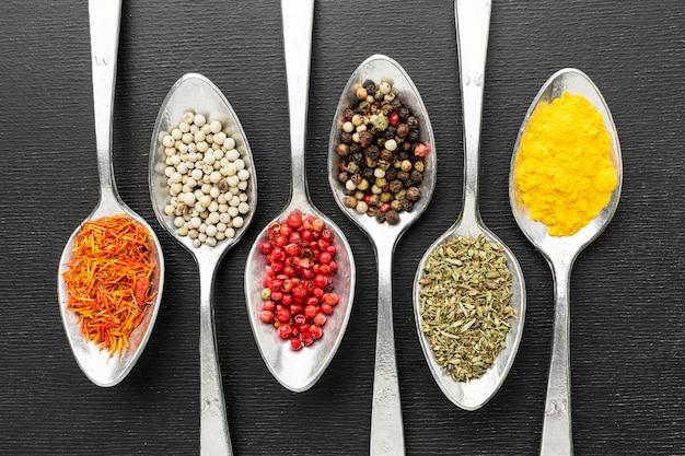Cuillères à condiments en poudre