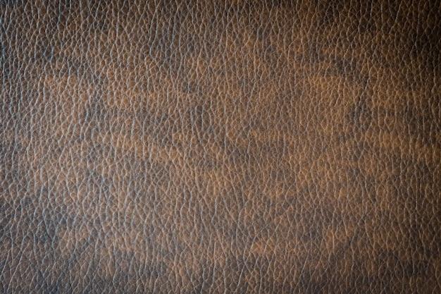 Cuir et surface marron