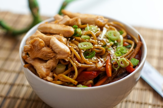Cuisine asiatique dans un restaurant