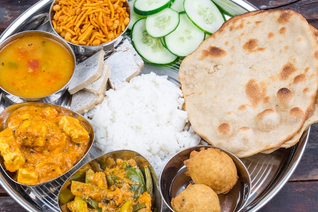 Cuisine indienne thali