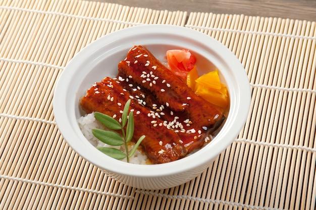 Cuisine japonaise anguille rôtie unagi cuisine japonaise