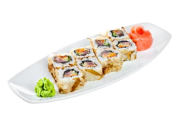 Cuisine japonaise - sushi (roll kazuma)