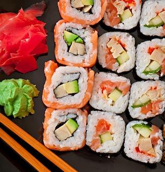 Cuisine japonaise - sushi et sashimi