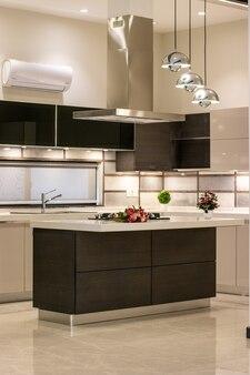 Cuisine de maison moderne et de luxe