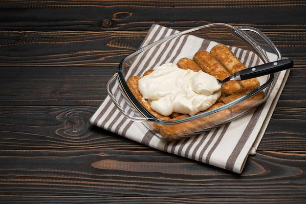 Cuisson des desserts tiramisu