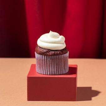 Cupcake à la crème sur boîte