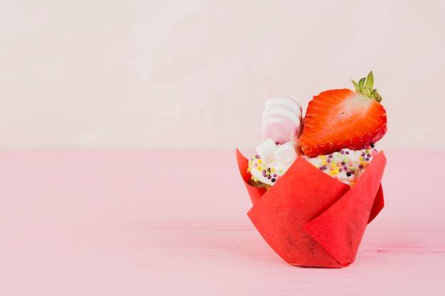 Cupcake pour anniversaire avec fond